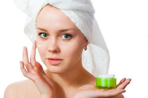 Как отбелить кожу лица в домашних условиях: рецепты
