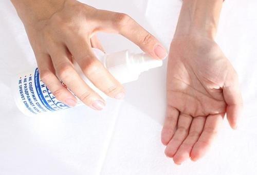 Чем опасно частое использование антисептиков