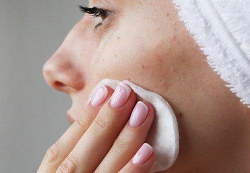 Как правильно очищать кожу лица в домашних условиях