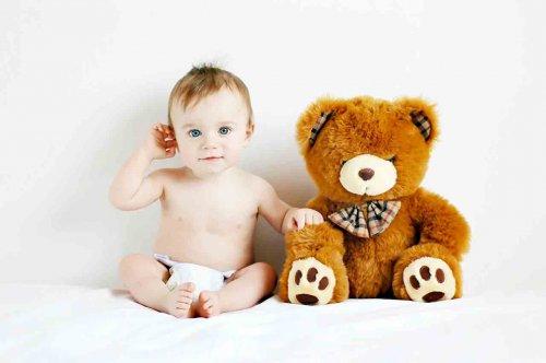 Как назвать плюшевого медведя?