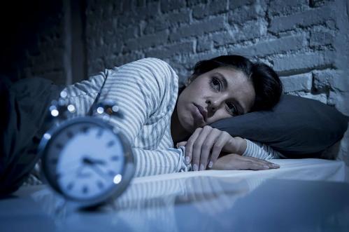 Как увеличить в организме гормон сна мелатонин?